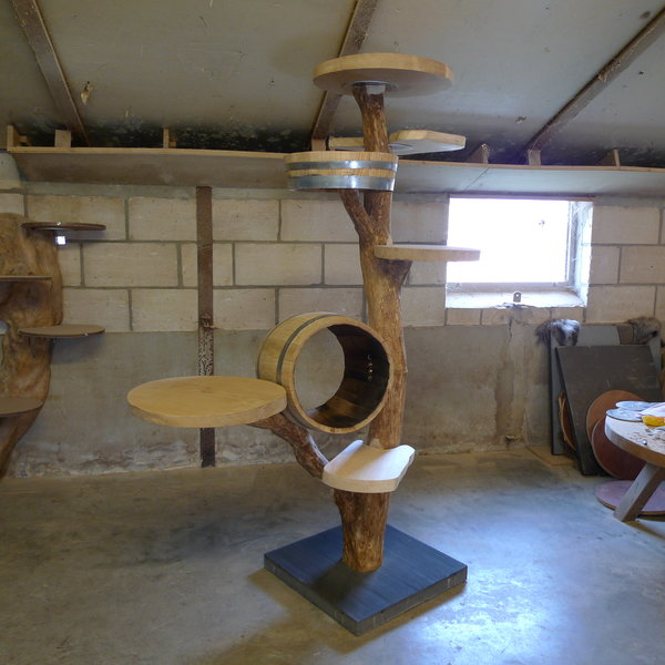 Design krabpaal houten krabpaal exlcusieve krabpaal boom krabpaal dordrecht marktgigant - Een houten boom maken ...